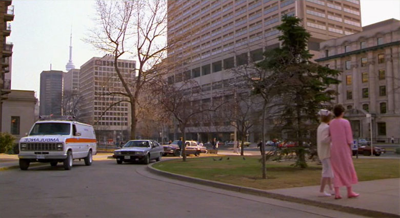 Veronica Quaife (Geena Davis) visits Toronto General Hospital in this scene from The Fly.