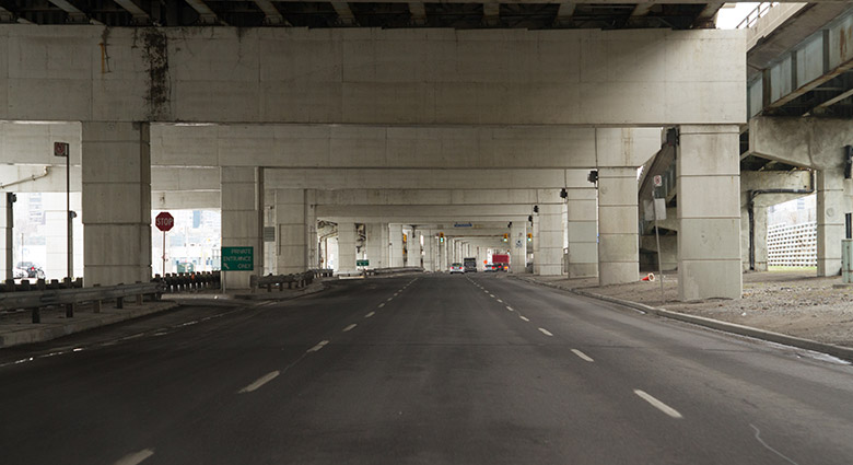 Lakeshore Blvd. E., which runs beneath the Gardiner Expressway, was used as a location in Crash.